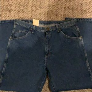 Wrangler Jeans - Men's NWT Wrangler Jeans size 38x30
